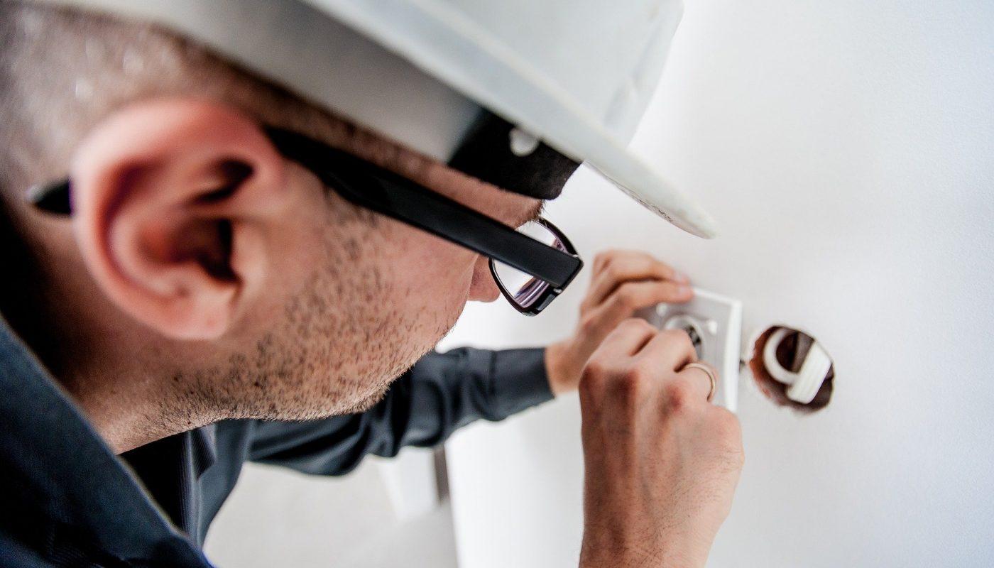 Pourquoi suivre une formation habilitation électrique