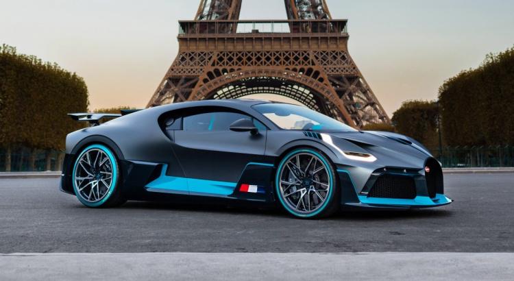 La carrosserie d'une voiture à Chambéry